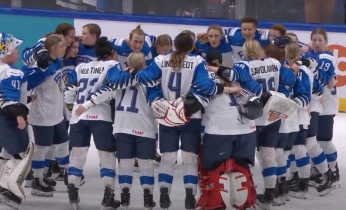 Suomen kentälliset Naisleijonat joukkue